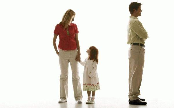 Как установить отцовство матери одиночке
